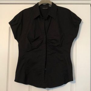 New York and company stretch short sleeve shirt